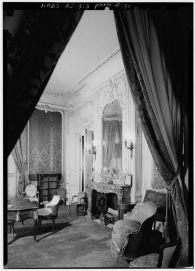 Chateau-Sur-Mer-Green-parlor-HR